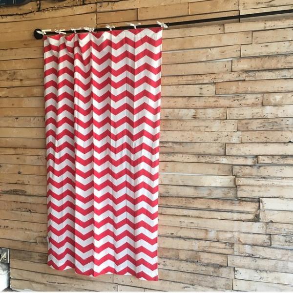 COTTON SHEETING ZIGZAG CURTAIN コットンジグザグカーテン W105xH180cm レッド