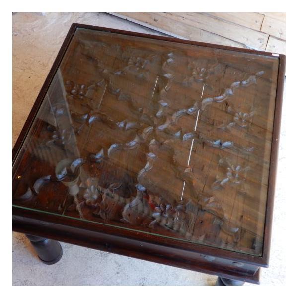古い木彫刻のローテーブル abracadabra