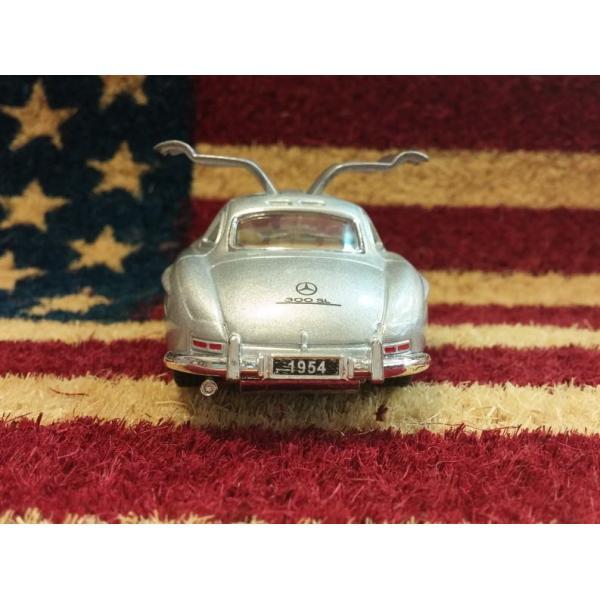KiNSMART製 プルバックミニカー 1954 メルセデスベンツ 300SL シルバー・ブラック|aiwa-corp-net|06