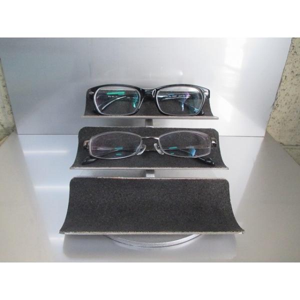 トリプル眼鏡スタンド 190315