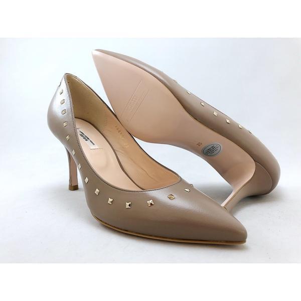 SEVEN TWELVE THIRTY セヴントゥエルヴサーティ パンプス スタッズ 靴 81svn104380bg