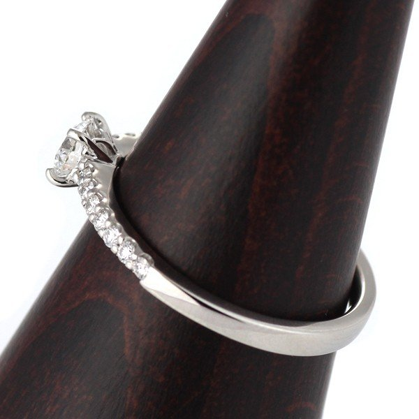 0.3ct ダイヤモンド プラチナ 婚約指輪 エンゲージリング