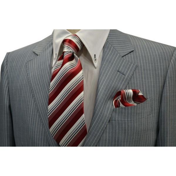 赤(レッド)地にグレーのグラデーションネクタイ&ポケットチーフセット(チーフ23cm) / CSN-SS11042|allety-y