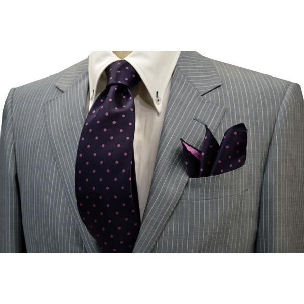 濃い紫地に濃いピンクのドット(水玉)柄ポケットチーフ(チーフ30cm) / PCN-MZ003 allety-y 04