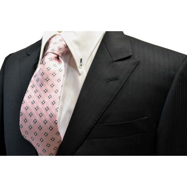 ピンクの織柄に地にチャコールグレーと白の小紋柄ネクタイ / KM-14SS05|allety