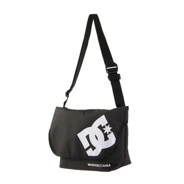 ebfa5b021dab ... ディーシー ショルダーバッグ 人気ブランド マチあり 斜めがけ バッグ 黒 通学 メンズ 男性 バッグ 入学 ...