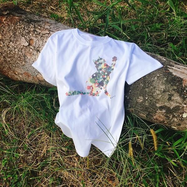 ボタン猫 Tシャツ XS〜Lサイズ 白 ホワイト シンプル メンズ レディース 綿100% シルエット 和柄 ネコ amaneko 04