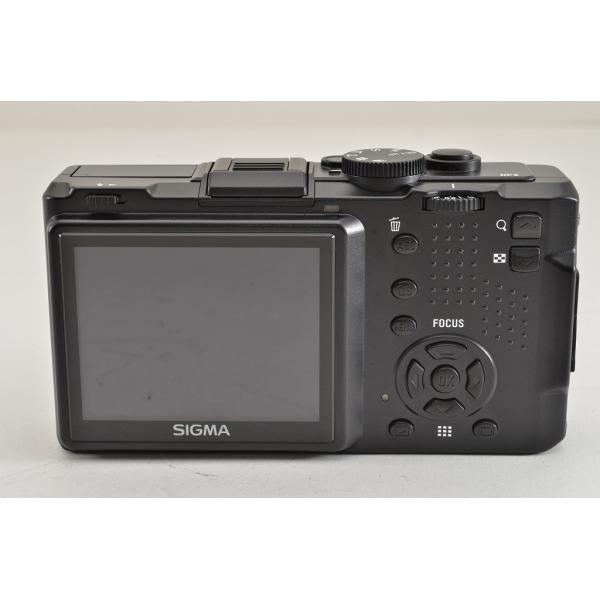 ★超美品★SIGMA シグマ DP2 コンパクトデジタルカメラ 元箱付