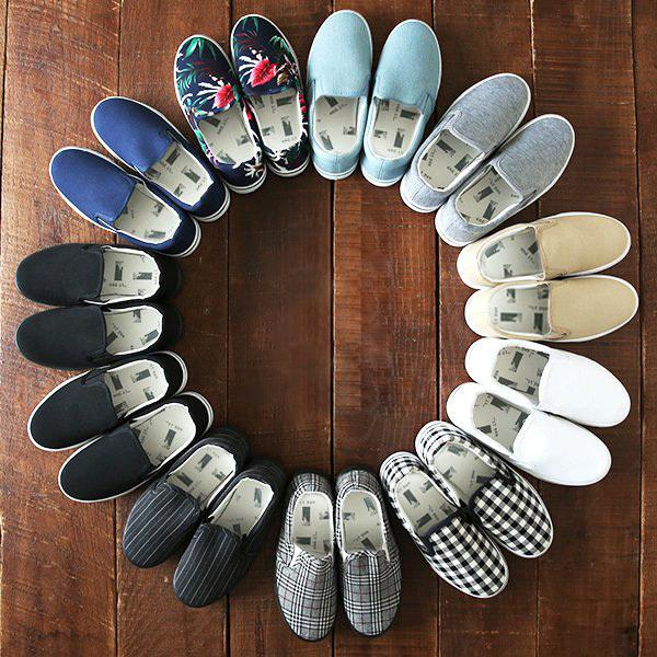 スリッポンレディーススニーカー春夏秋靴軽量白黒20代30代40代プチプラ歩きやすいおしゃれ