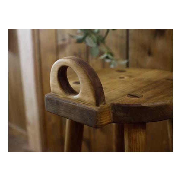 ラウンドチェア 持ち手付き アンティークブラウン w25d25h44cm 丸椅子 木製 ひのき 受注製作|angelsdust|06