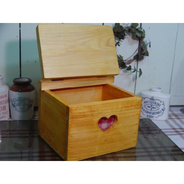 サニタリーケース カントリーチェック 赤 ナチュラル w20d15.5h17.5cm ハート 木製 ひのき 受注製作|angelsdust|02