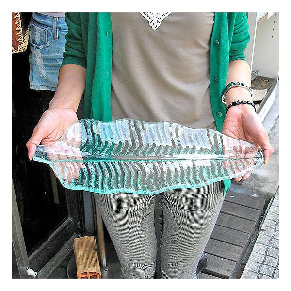 バナナリーフのガラス大皿 42cm アジアン雑貨 バリ雑貨 エスニック おしゃれな ガラス大皿|angkasa