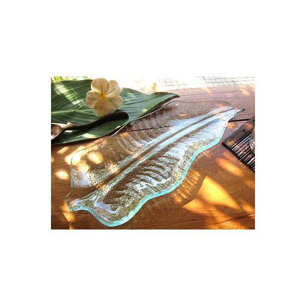 バナナリーフのガラス皿 A 32cm アジアン雑貨 バリ雑貨 エスニック おしゃれな ガラス大皿 angkasa