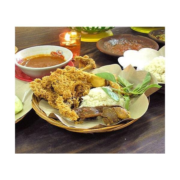 ローカルな食器 LIDIの編みこみ皿と花柄のランチョンペーパー(10枚付) アジアン雑貨 バリ雑貨|angkasa