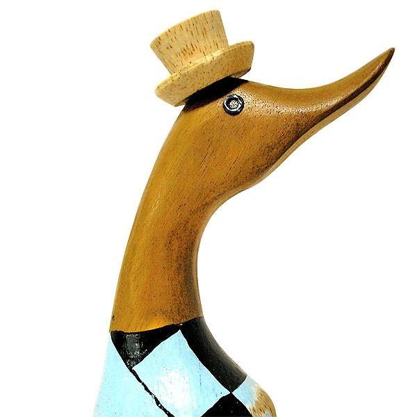 木彫りのアヒル 水色 帽子 アンティーク仕上げ [H.約36cm] ナチュラル エスニック おしゃれな 置物 玄関 階段 インテリア人形 アジアン雑貨|angkasa|04