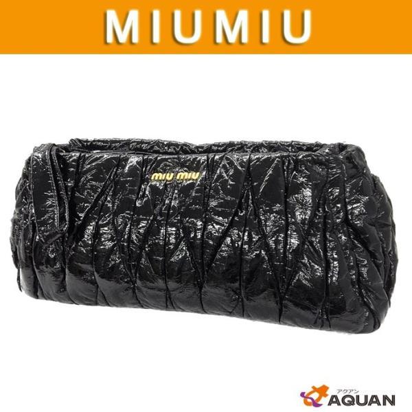 セール miumiu ミュウミュウ MIUMIU クラッチバッグ リストレット マトラッセ ギャザー レザー 黒 ブラック