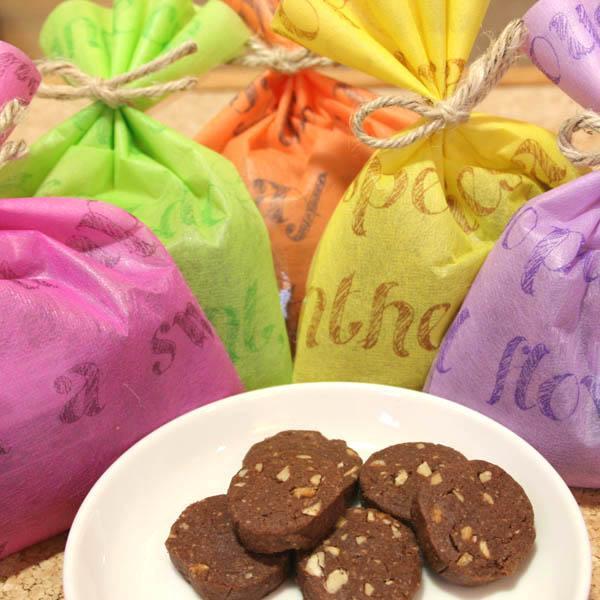 チョコナッツクッキー ギフトラッピング(焼き菓子)チョコレートとアーモンドのクッキー