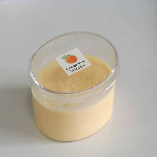 ミニカップスイーツ「下津町上山さんのオレンジのムース」〜和歌山産旬のフルーツムース
