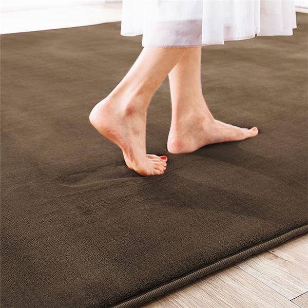 ラグマット | 撥水 厚みふかふかボリュームタッチラグマット/絨毯 〔ブラウン 約90cm×120cm〕 厚み約18mm 長方形 折りたたみ|arinkurin