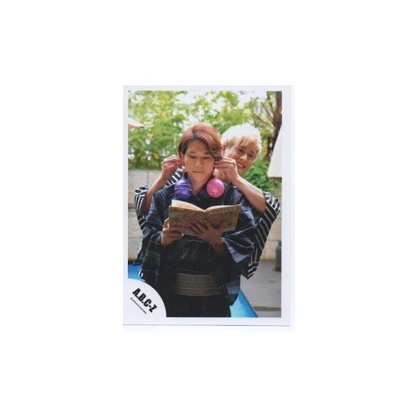 塚田僚一&五関晃一(A.B.C-Z)公式生写真/Summer Paradise in TDC・浴衣・塚田両手五関の耳|arraysbook