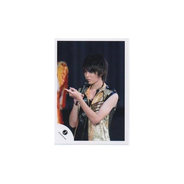 ジェシ―(ジャニーズJr.) 公式生写真/衣装金×黒・右手マイク・左手人差し指立て|arraysbook