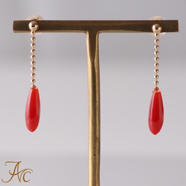 日本産血赤珊瑚K18ピアス