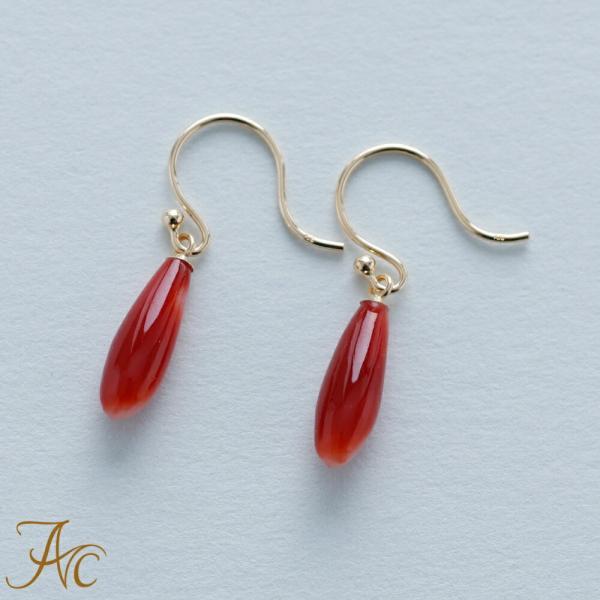 日本産血赤珊瑚K18アメリカンピアス