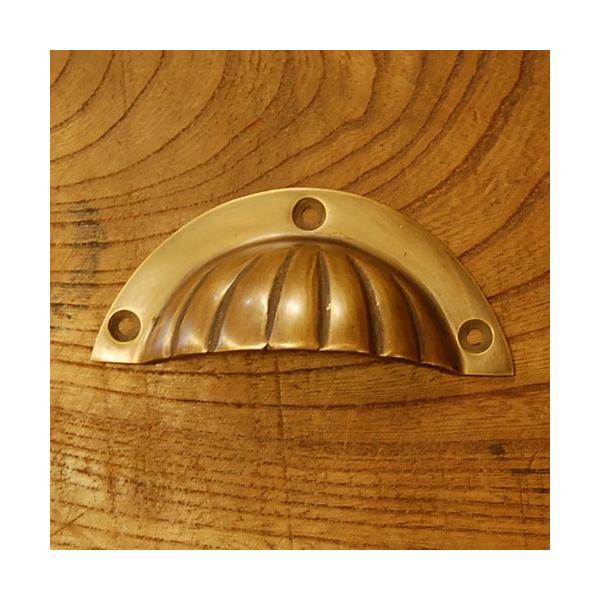 ブラス取っ手 真鍮把手 インドネシア直輸入・インテリアパーツ・古色仕上げ アンティーク仕上げ 家具修理 家具部品 DIY artcrew
