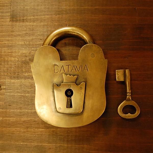 ブラス南京錠167 真鍮金具・・・インドネシア直輸入・インテリアパーツ・古色仕上げ artcrew