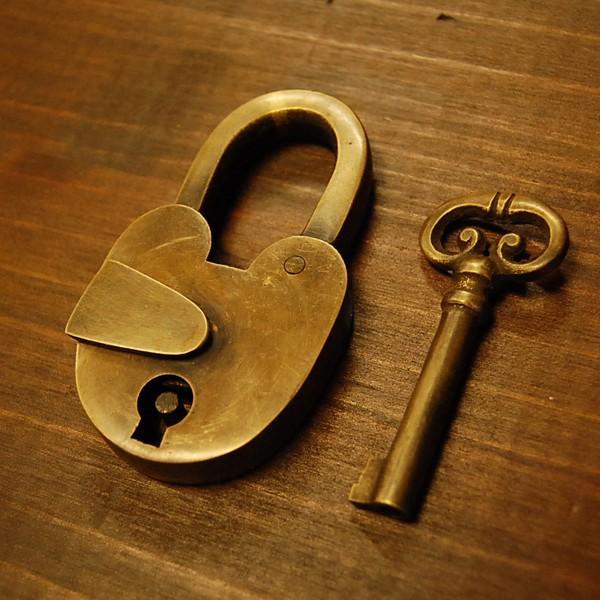 ブラス南京錠169 真鍮金具・・・インドネシア直輸入・インテリアパーツ・古色仕上げ|artcrew|02