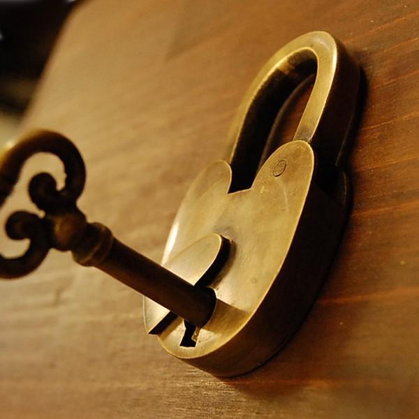 ブラス南京錠169 真鍮金具・・・インドネシア直輸入・インテリアパーツ・古色仕上げ|artcrew|04
