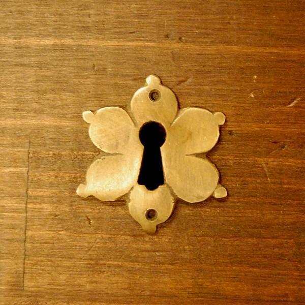 ブラス鍵穴460 真鍮金具・・・インドネシア直輸入・インテリアパーツ・古色仕上げ artcrew