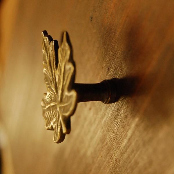ブラス取っ手 カエデ型 リーフ型 ノブ 真鍮把手 インドネシア直輸入・インテリアパーツ・アンティーク仕上げ・古色仕上げ DIY 付け替え 修理 家具部品|artcrew|03