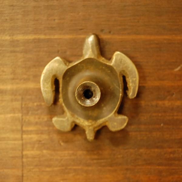 ブラス取っ手 真鍮把手 亀 カメ型 インドネシア直輸入・インテリアパーツ・古色仕上げ アンティーク仕上げ 家具修理 家具部品 DIY|artcrew|04