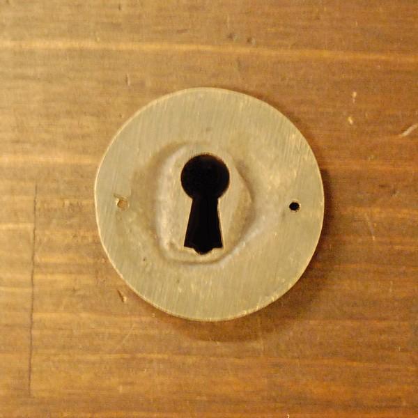 ブラス鍵穴537 真鍮金具・・・インドネシア直輸入・インテリアパーツ・古色仕上げ|artcrew|02