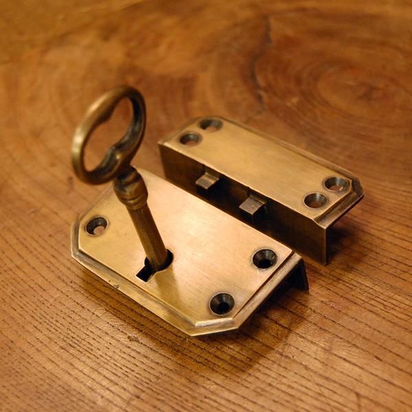 真鍮製鍵セット597 真鍮金具 ブラス Box鍵 インドネシア直輸入・インテリアパーツ・古色仕上げ DIY 日曜大工 手作り家具 部品|artcrew|03