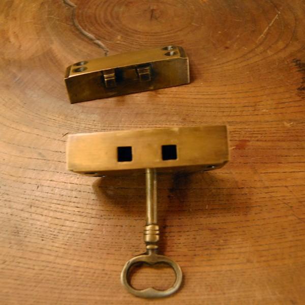 真鍮製鍵セット597 真鍮金具 ブラス Box鍵 インドネシア直輸入・インテリアパーツ・古色仕上げ DIY 日曜大工 手作り家具 部品|artcrew|05