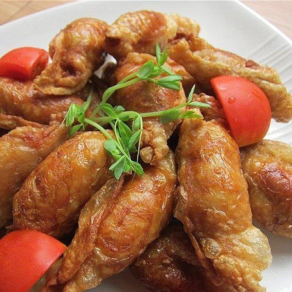 大人気です!!「鶏皮餃子20個、400g」業務用冷凍食品