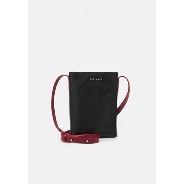 マルニ ショルダーバッグ メンズ バッグ MUSEO SOFT SHOULDER UNISEX - Across body bag - black/black/burgundy