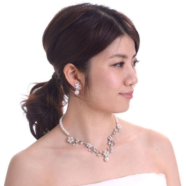 ネックレスイヤリングセット 0079フラワー 化粧箱付 日本製ブライダルアクセサリー 結婚式 花嫁 ウェディング パーティー スワロフスキー