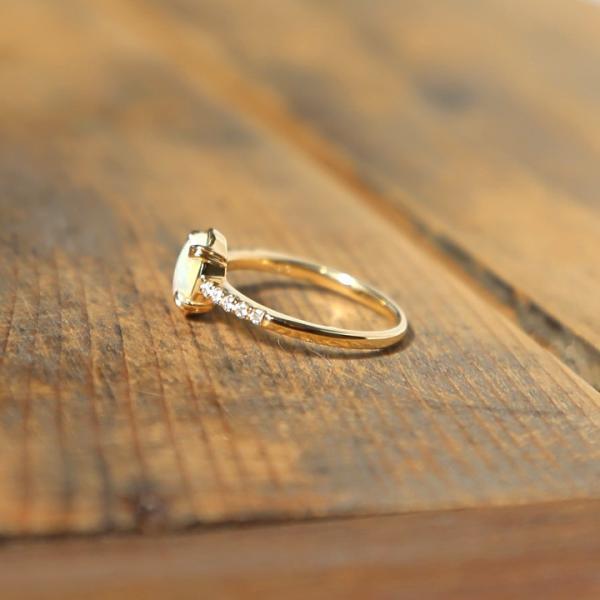 リング 指輪 オパール オーバル レディース 遊色 k10 10k 10金 k18 18k 18金 ゴールド 女性 ギフト プレゼント 「Oval Opal Dia Ring」