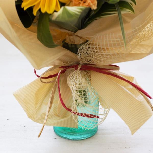 父の日 ギフト プレゼント 贈り物 花束 夏 誕生日 記念日 ひまわり 花瓶付き そのまま飾れるひまわり入り花束|avonlea|03