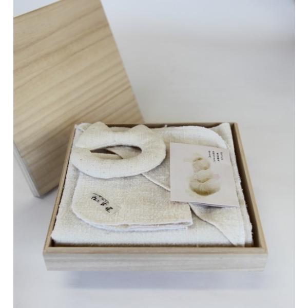 出産祝い3点ギフトセット 糸からこだわりの逸品おくるみ・はんかち・にぎにぎ 『ふわふわ』|ayakariya-netstore|02