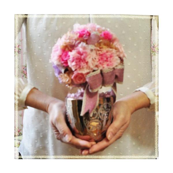 プリザーブドフラワーアレンジメント。 ピンク カーネーショントピアリー「Chouchou」 ayanasu-hanakobo 02