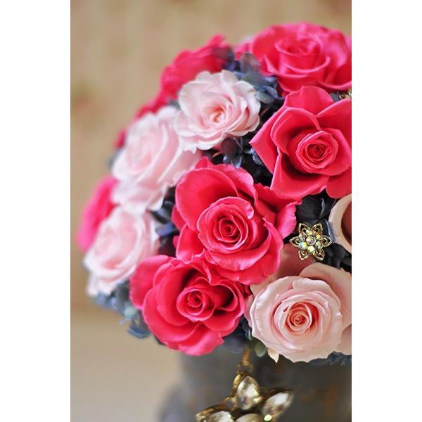 ピンクローズを極めた美しいアレンジメント「La vie en rose」プリザーブドフラワーアレンジメント|ayanasu-hanakobo|06