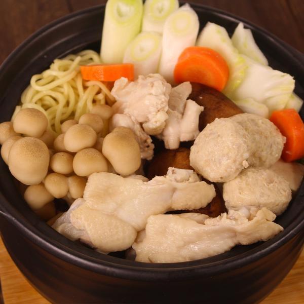 ギフト 奥美濃古地鶏 鍋セット 3人前 鶏肉 つみれ 塩麹スープ 高山ラーメン ミールキット レンチン|azusaya