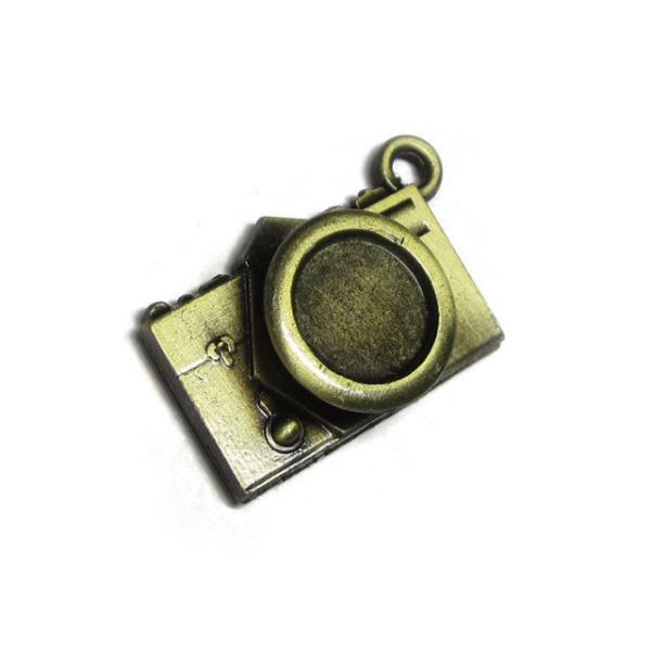 チャーム カメラ 約34×22mm 真鍮古美 【5個セット】 アクセサリーパーツ