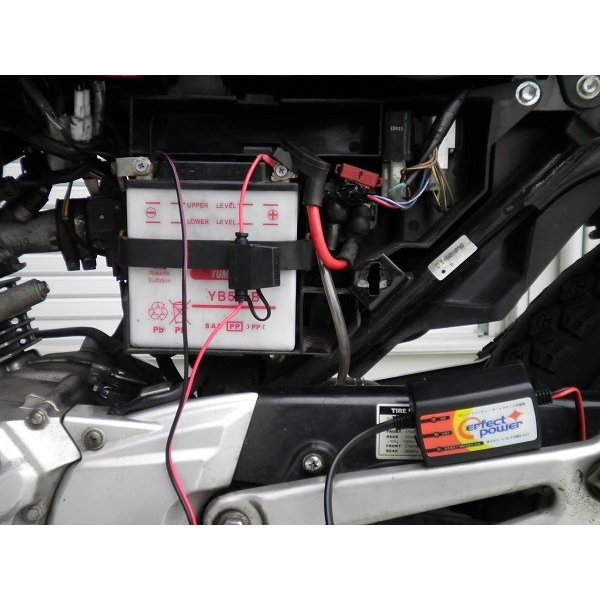 12V バイク用フルオート充電器 P-POWER AT-12 パーフェクトパワー バイクバッテリー充電器 バイク充電器 密閉型、開放型、シールド型 全対応|baikupatuhakase|04
