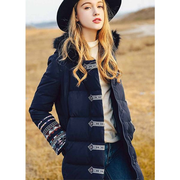 ダウンコート オリジナルデザイン ネイビー 刺繍 フード付き ミディアム ミモレ丈 着痩せ ストレート フード付き ファー取り外し可能 上質ダウン80% 袖刺繍
