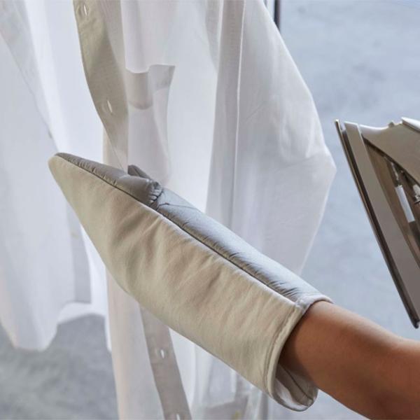左右両用アイロンミトン アルミ 洗濯用品 スチーム対応 アイロン台 YAMAZAKI 山崎実業